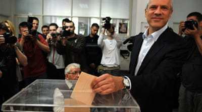 Al Jazeera's Peter Sharp filed this report from Belgrade ahead of Sunday's runoff vote