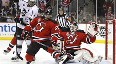 An outstanding performance by 40-year-old goalie Martin Brodeur helped put the New Jersey Devils back in the series [Reuters]