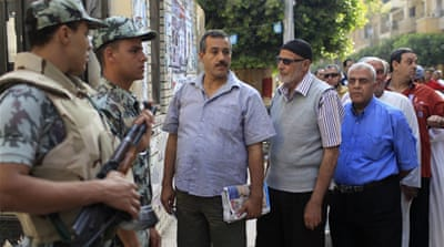 In Pictures: Egyptians go to the polls