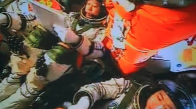 Taikonauts reach Chinese space station