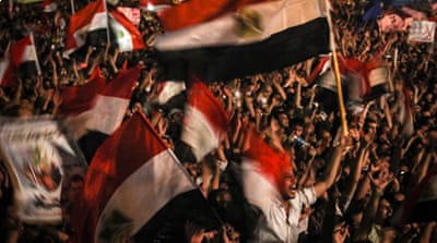 Egyptians in Tahrir cheer for revolution