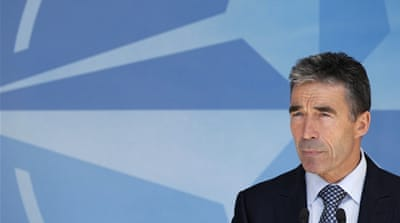 NATO chief condemns Syria over jet downing