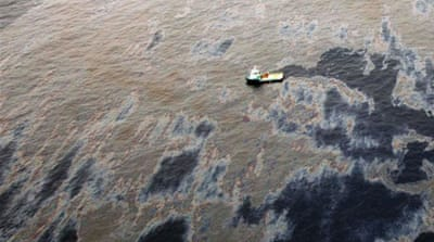 Thousands of oil spills have occurred in Nigeria since 1970s, many of which have not yet been cleaned up [Reuters]