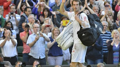 Murray will hope to make it third time lucky against Federer in a Grand Slam final on Sunday [AFP]