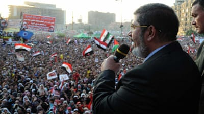 Egypt's Morsi orders parliament to reconvene