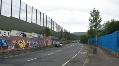 'Peace walls' divide Catholic and Protestant areas in Belfast and Derry [Mike Allison/Al Jazeera]
