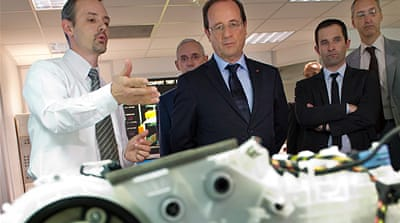 Hollande treads Europe's economic minefield