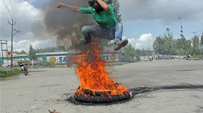 In pictures: Kashmir protests