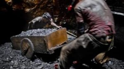 Indian police conduct raids on coal companies