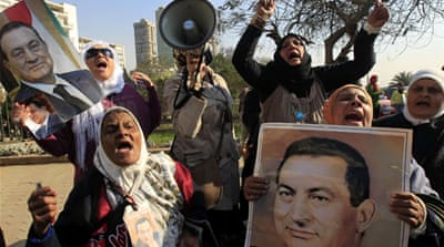 Egypt court orders retrial for Mubarak