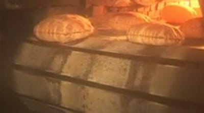 Syrian bakeries forced to operate during dark