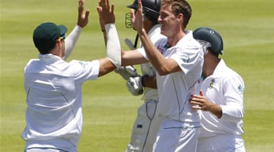 South Africa won by an innings and 27 runs as New Zealand were bowled out for 275 in their second innings [Reuters]