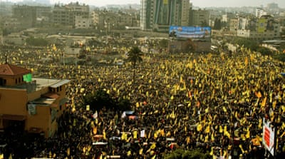 Fatah followers stage rare mass rally in Gaza