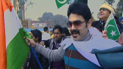 India cricket match attracts Pakistani fans
