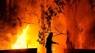 Australia bushfires rage out of control