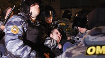 Russia race riot leads to hundreds of arrests