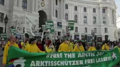 Russia urged to release Greenpeace crew