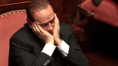 Berlusconi faces expulsion vote