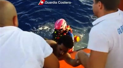 Migrants rescued from sea off Italy coast