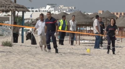 Authorities transport a suicide bomber's remains following the Sousse attack [Aymen Ben Mansour/Al Jazeera]