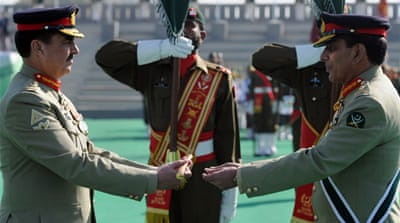 Pakistan's army chief hands over power