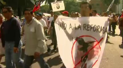 Mexico protesters warn against oil reforms