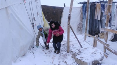 Winter storm lashes Syria refugees in Lebanon