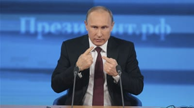 Putin did not respond directly to a question on Ukraine's avoidance of a customs union with Russia [Reuters]
