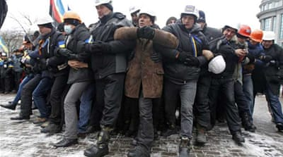 Huge protests sweep Ukrainian capital