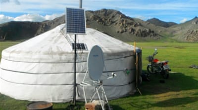Mongolia's nomads warm to solar power