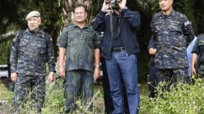 Sultan loyalists keep up Borneo standoff