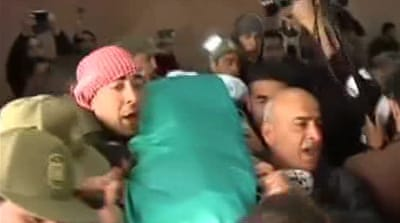 Palestinian who died in Israeli jail buried