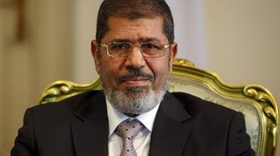 Egypt's Morsi plans to reshuffle cabinet