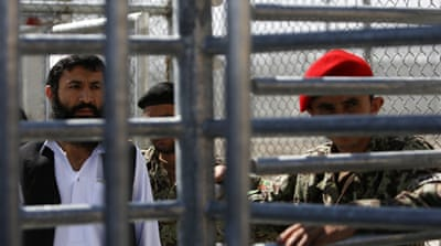 US hands over Bagram prison to Afghanistan