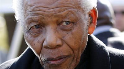 Mandela in 'serious but stable condition'