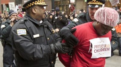 Chicago teachers protest school closures