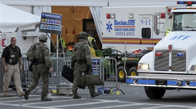 Investigators hunt for clues in Boston blasts
