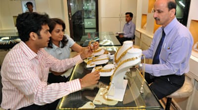 Indian gold rush amid plummeting prices