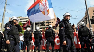 Protesters see the agreement between Serbia and Kosovo as treason and want it withdrawn [EPA]