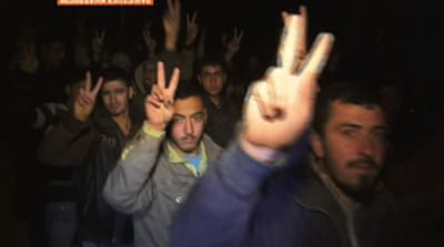 Syrian defectors converge on central town