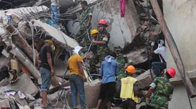 Arrests over Bangladesh building collapse