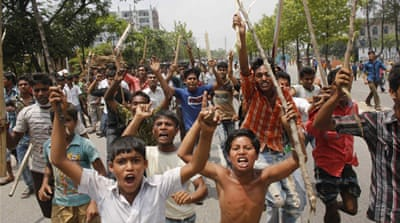 Bangladesh factory-collapse toll passes 400