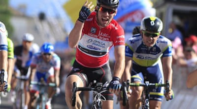 Cavendish claims fourth stage win