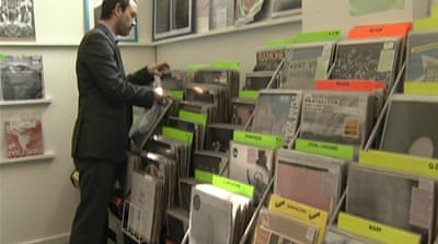 UK music shop defies digital trend