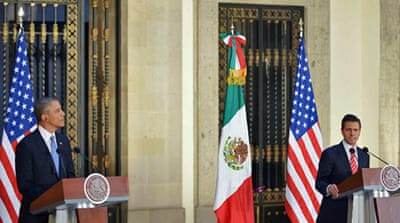 Obama talks security, economy in Mexico visit