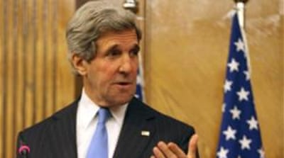 Kerry warns Assad over Syria violence