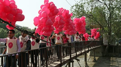 Afghan peace hopes soar with balloons