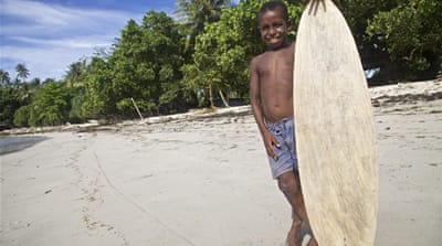 Surf's up in impoverished Papua New Guinea