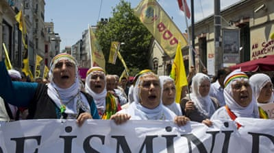 Protesting Kurds finding solidarity in Gezi