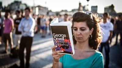 In Pictures: The Taksim Square Book Club